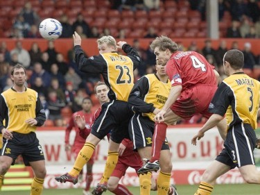 Anderson heads Aberdeen into the lead the last time the teams met