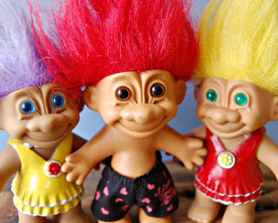 Playful dolls with stylish hair