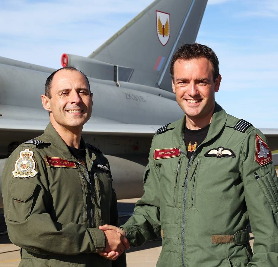Left to right: Wing Commander Mark Flewin and Wing Commander Mike Sutton