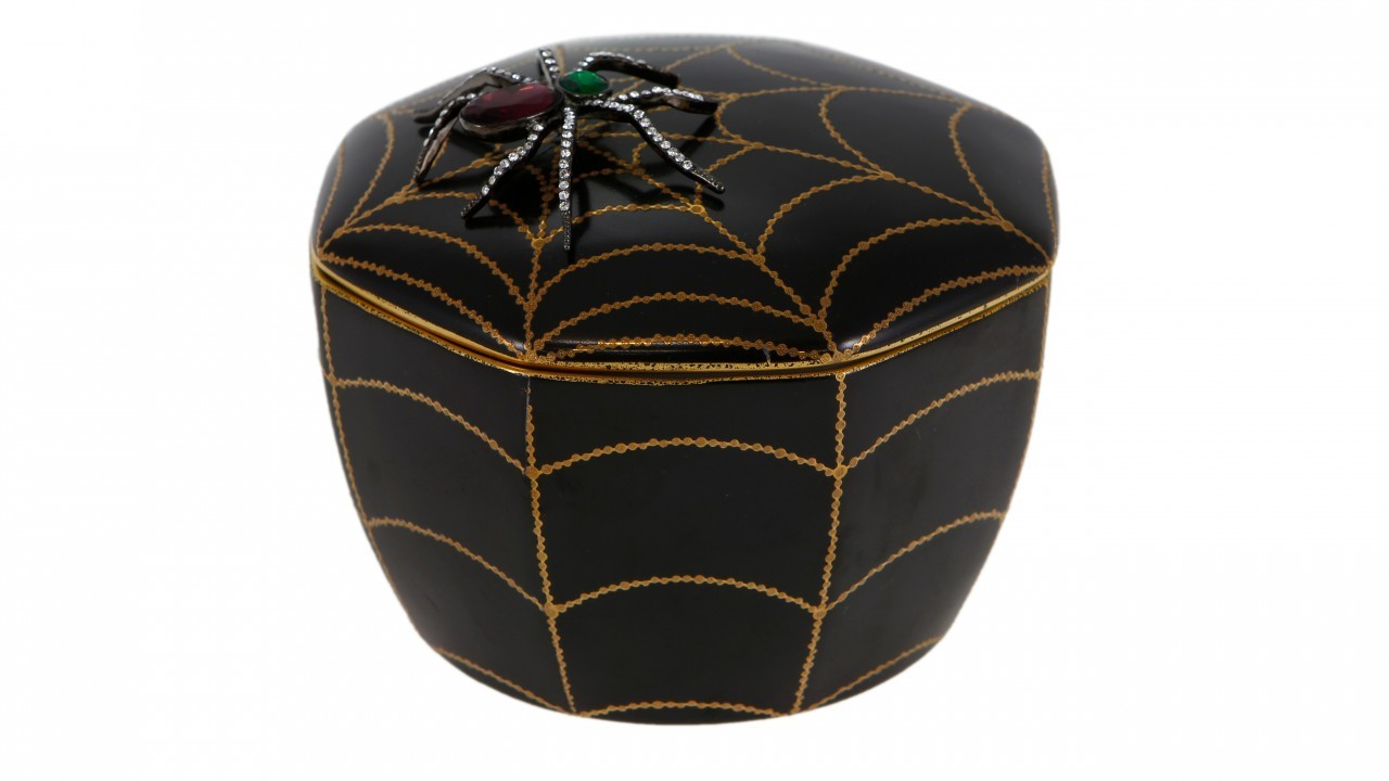 L'Objet Safari Spider Noir Candle Vetiver D'Orient, £110, www.amara.com