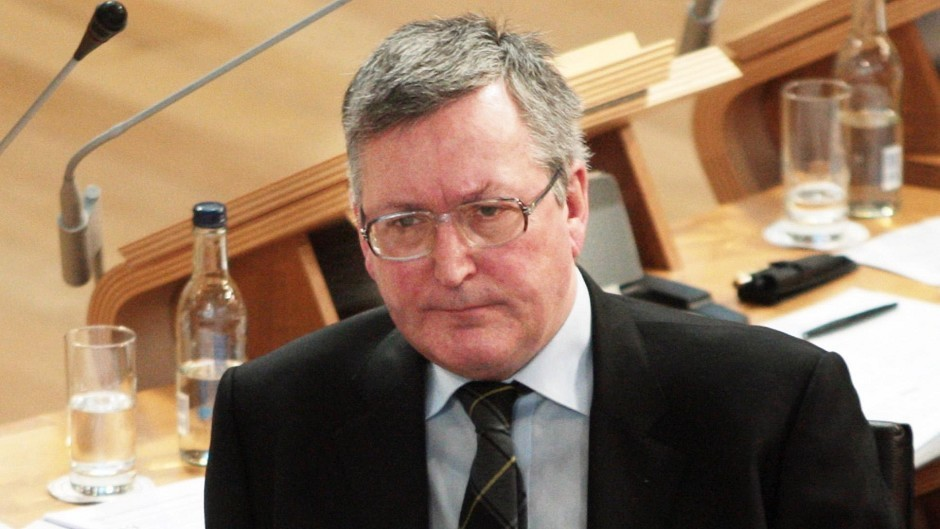 Energy Minister Fergus Ewing said main help for oil industry must come from UK Government.