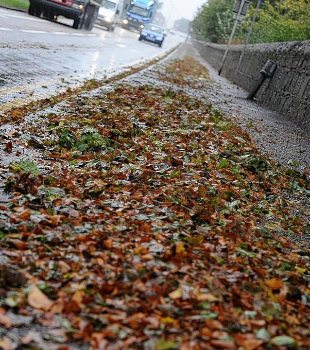 Heavy rain, accompanied by strong to gale force winds moving across Aberdeen and Aberdeenshire. Photo by Kenny Elrick.