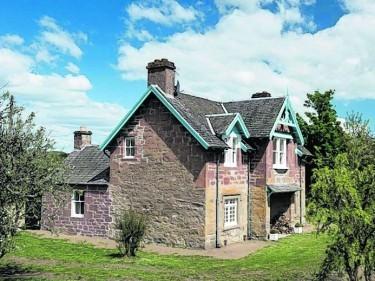 Glendelvine Estate  Miss Ballantines Cottage Perthshire