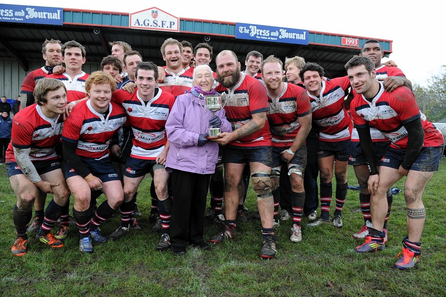 Aberdeen Grammar collect the Dallas Allardice trophy in 2012