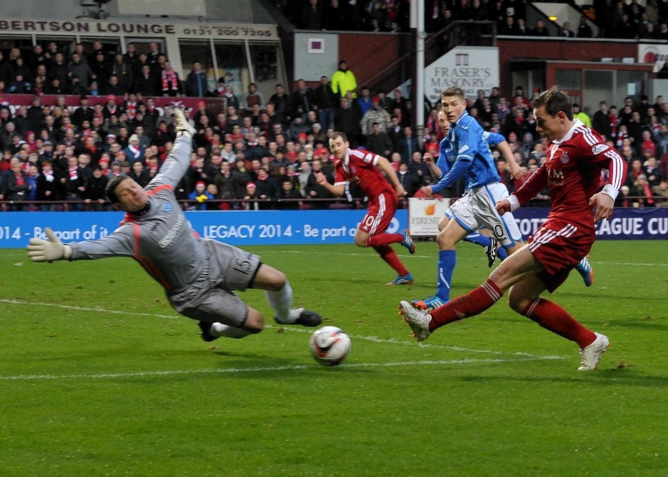 Pawlett scores in Aberdeen's semi final victory