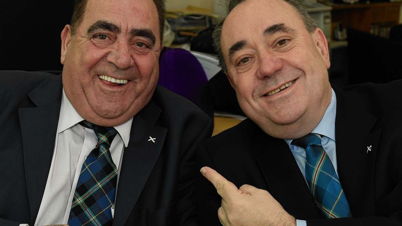 Alex Salmond was twice as smiley today as his lookalike popped into his office in Inverurie for a visit