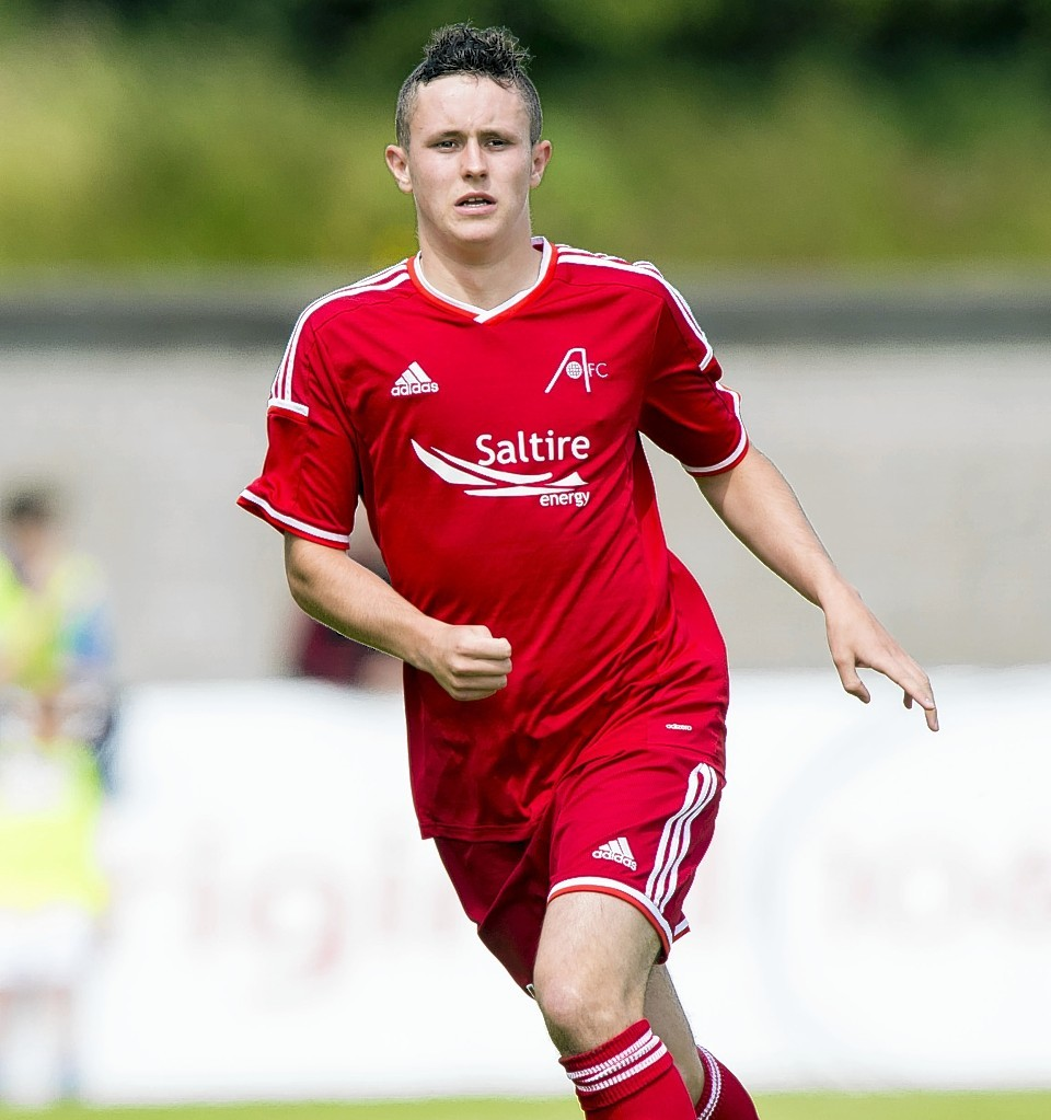 Craig Murray has gone out on loan to the League One side