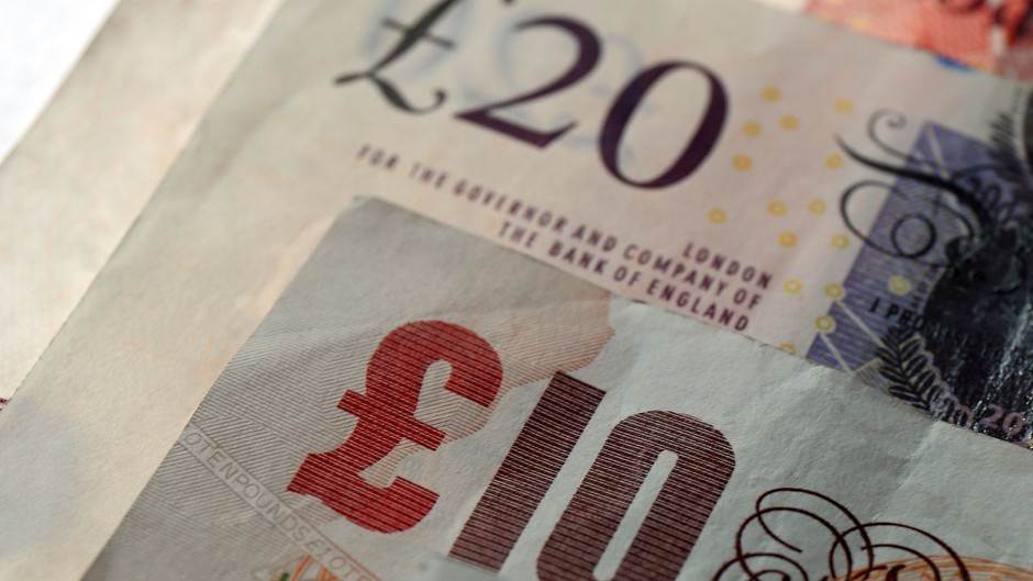 More than 600 Scottish Government employees will benefit from living wage increase.