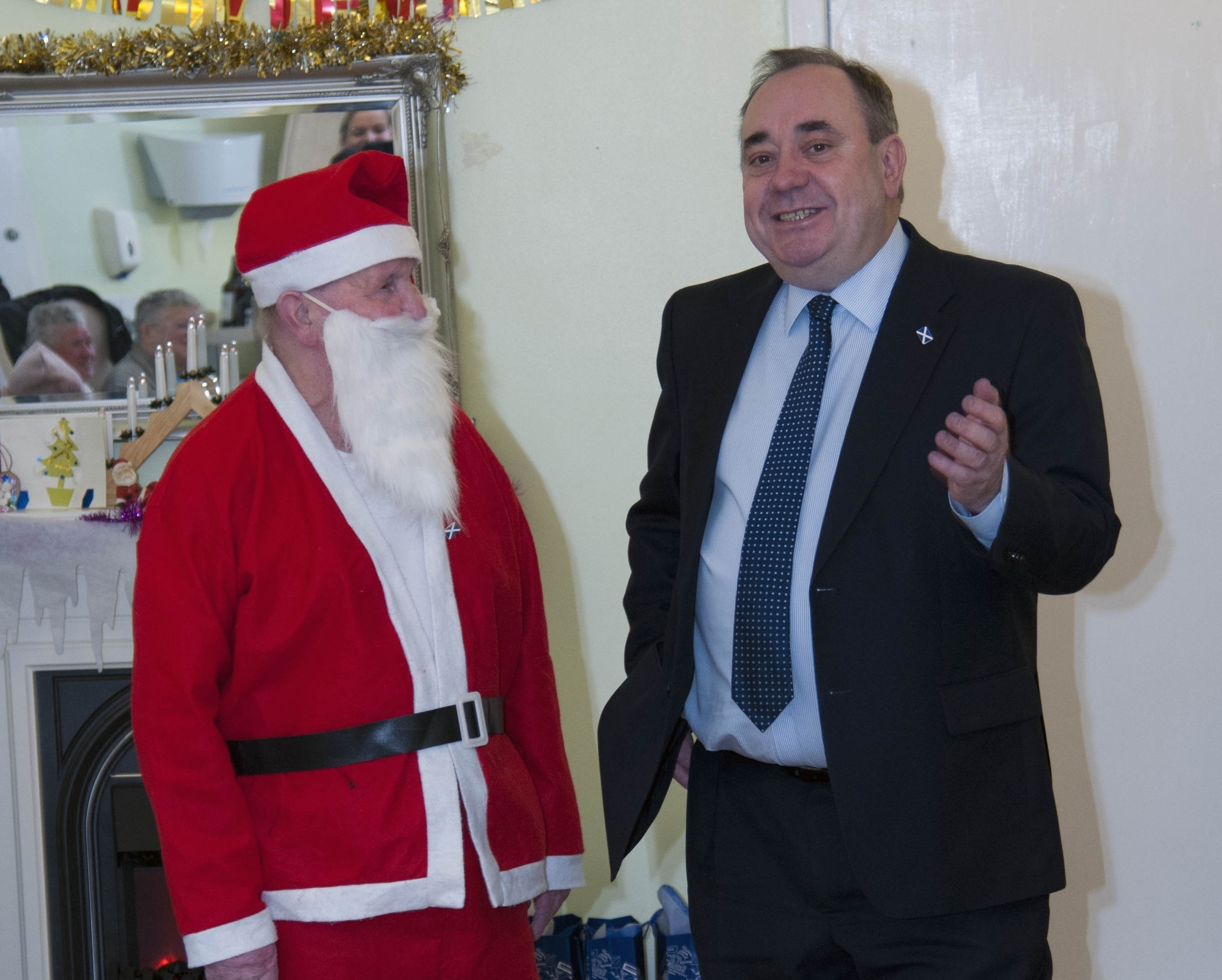 Alex Salmond tells Santa about the Sat Nav that he is hoping for