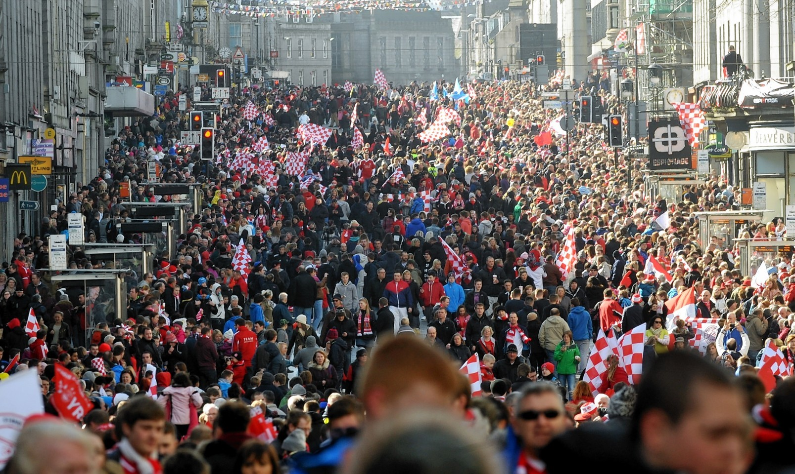 Tens of thousands of fans turned out to celebrate the 2014 cup success