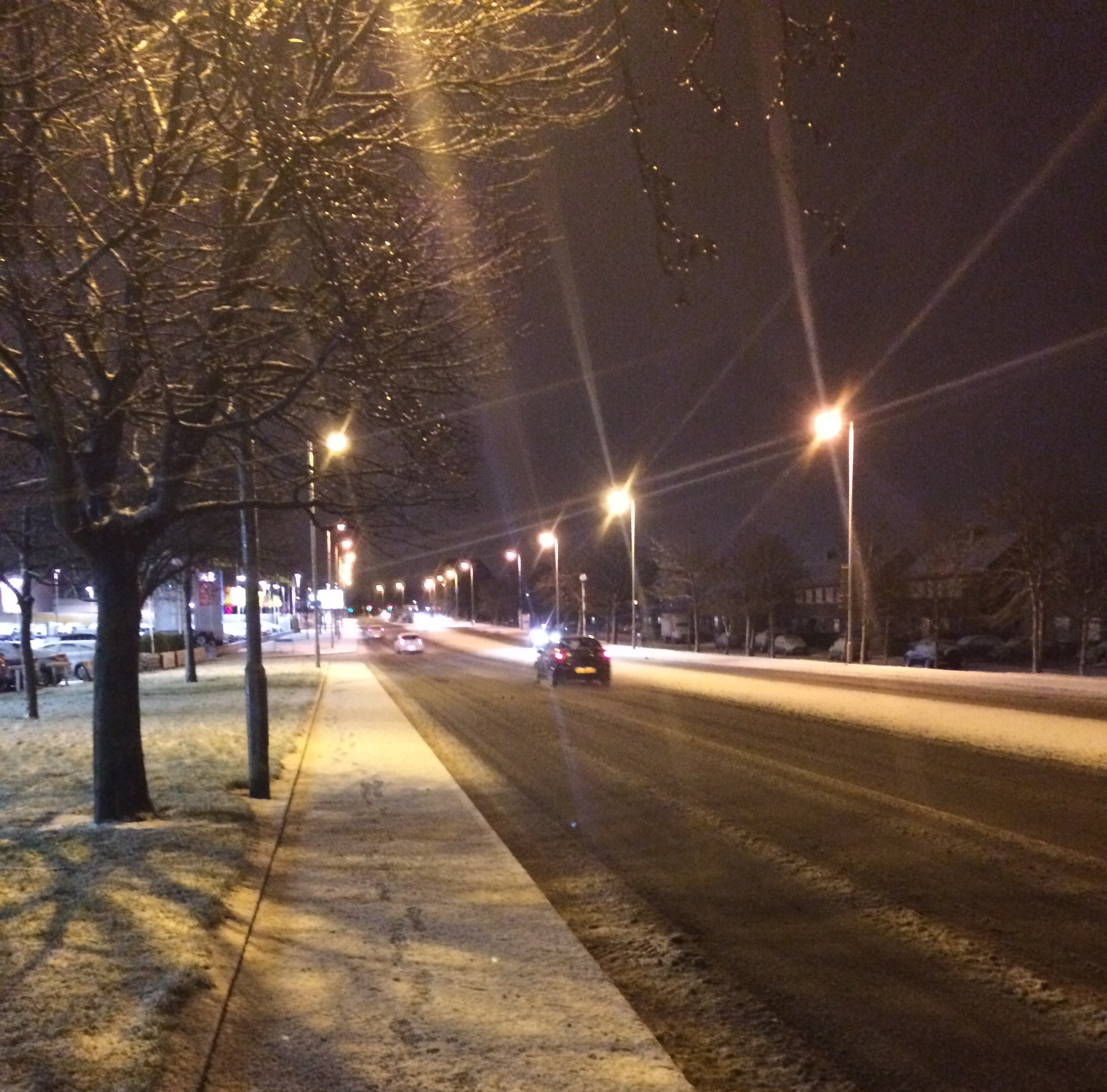 The white stuff arrived in Aberdeen this evening, as seen on the Lang Stracht
