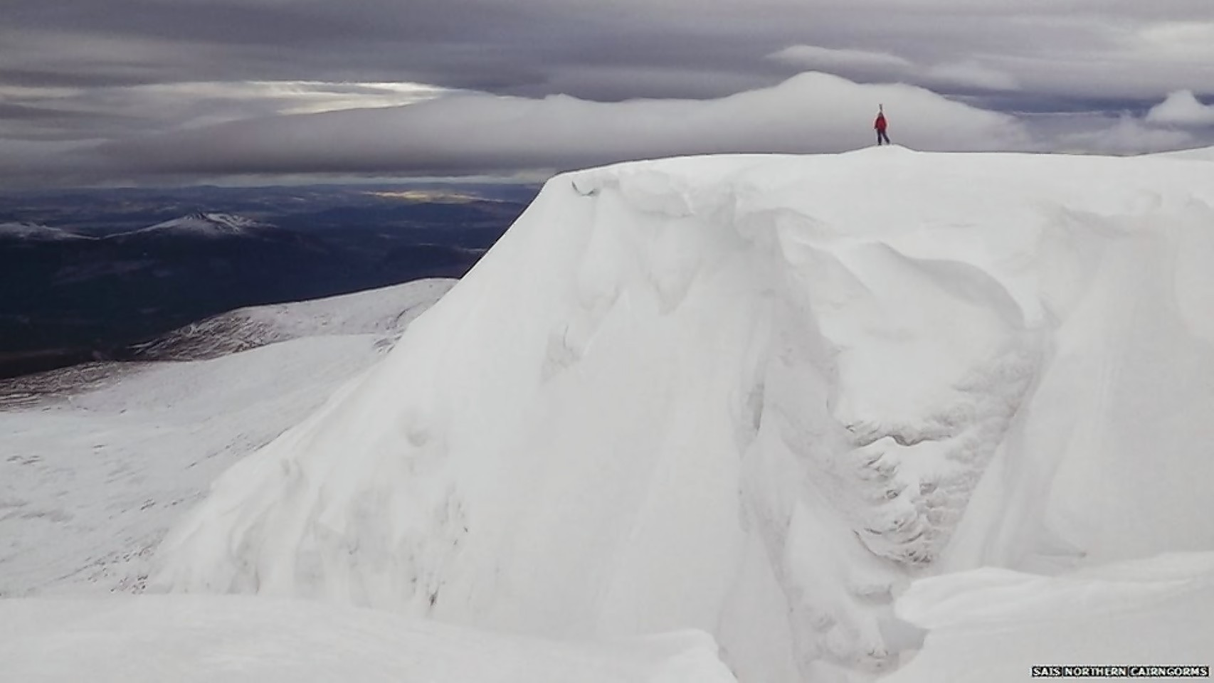Mountaineers have been warned of hazardous conditions in the Scottish mountains