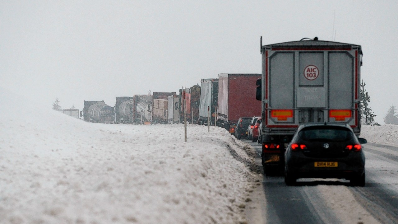 Drivers struggled at the Drumochter Pass on the A9  as the snow closed in