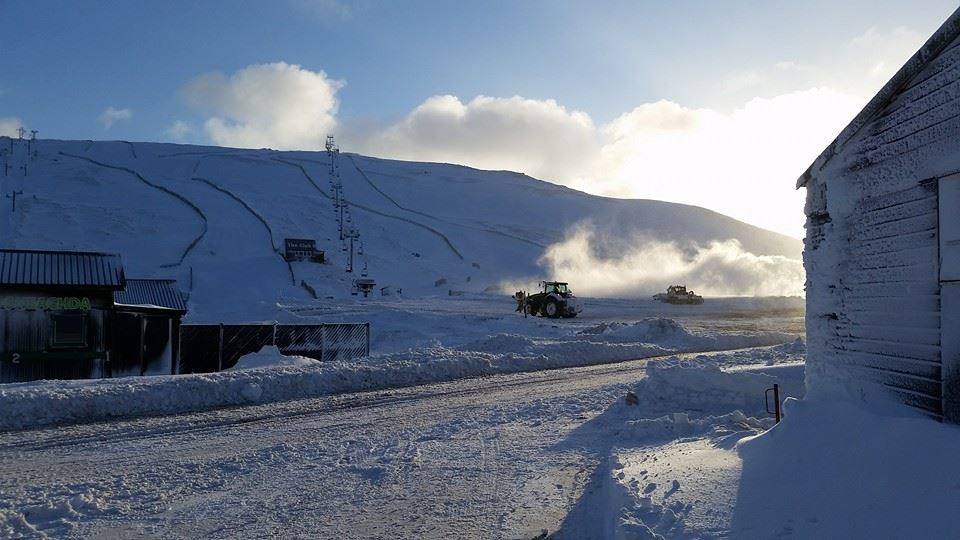 Glenshee this morning, covered in snow. Glenshee this morning. Courtesy of   Findlay at Glenshee Ski Centre.