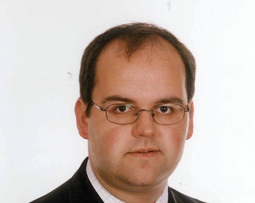 SRC Director David Lonsdale