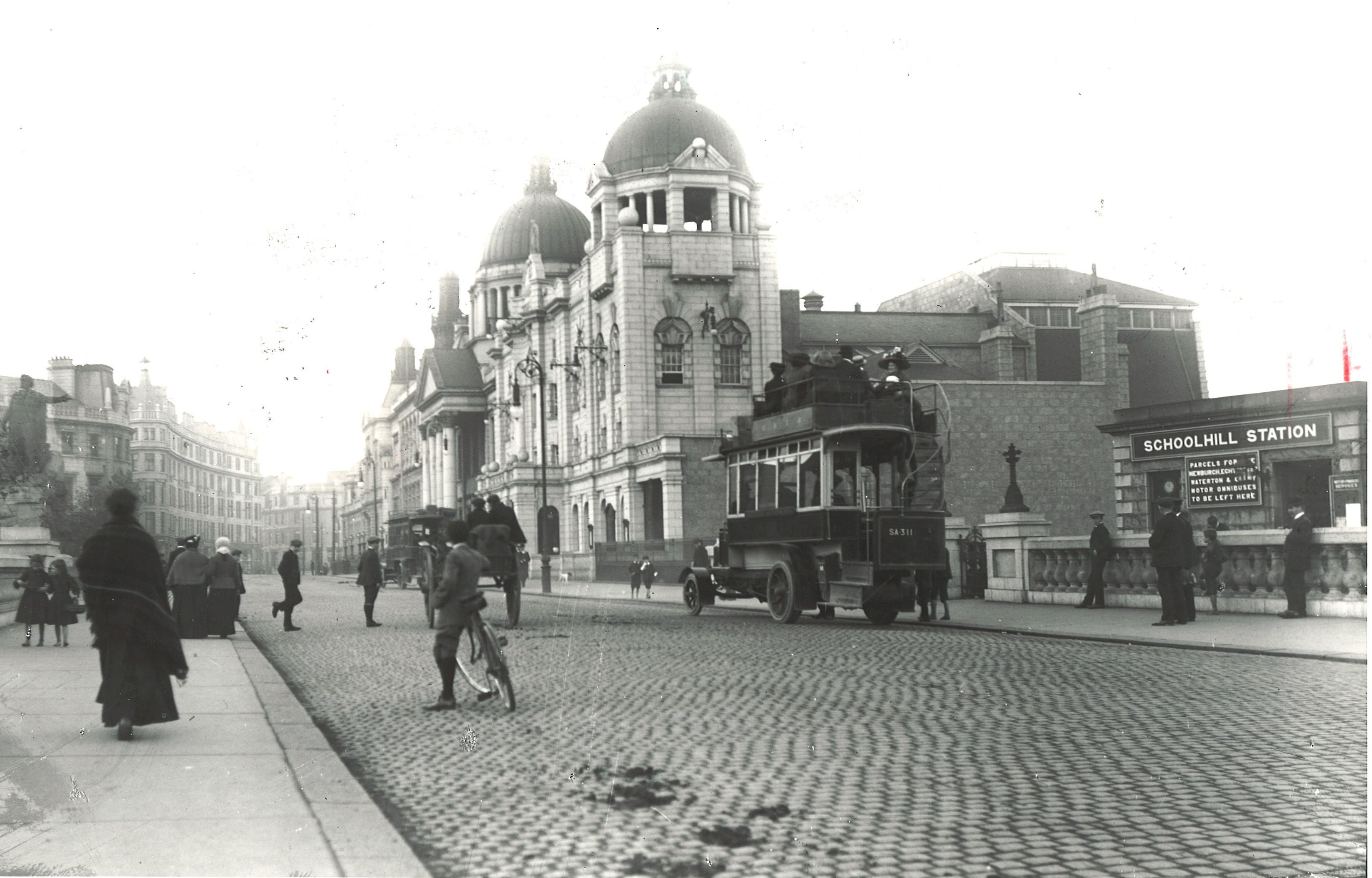 Schoolhill and Rosemount Viaduct in 1893