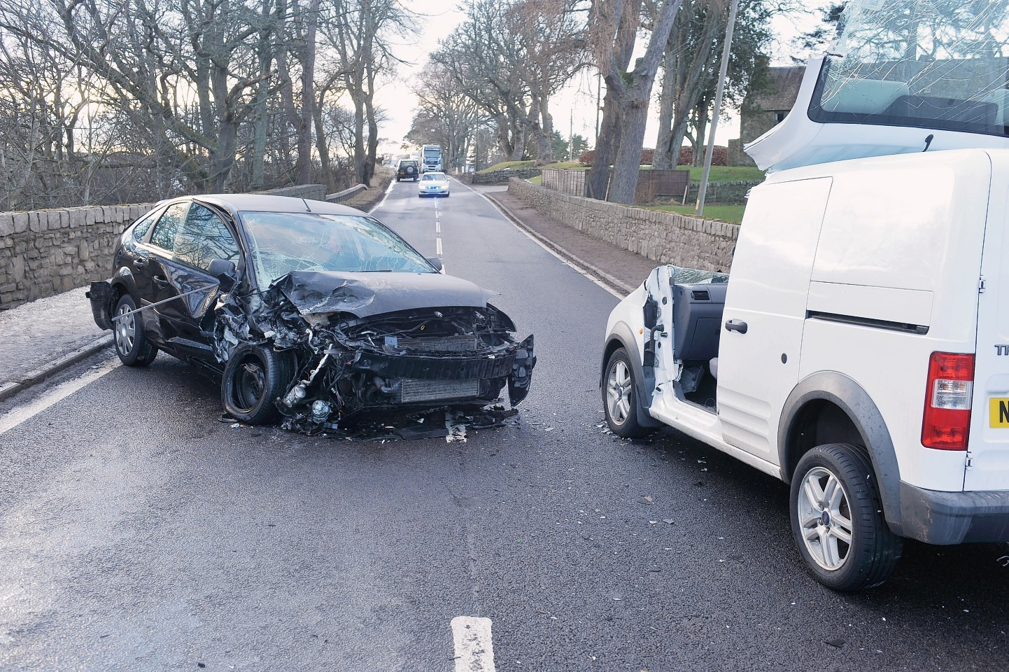 Vehicles at the scene on the A95