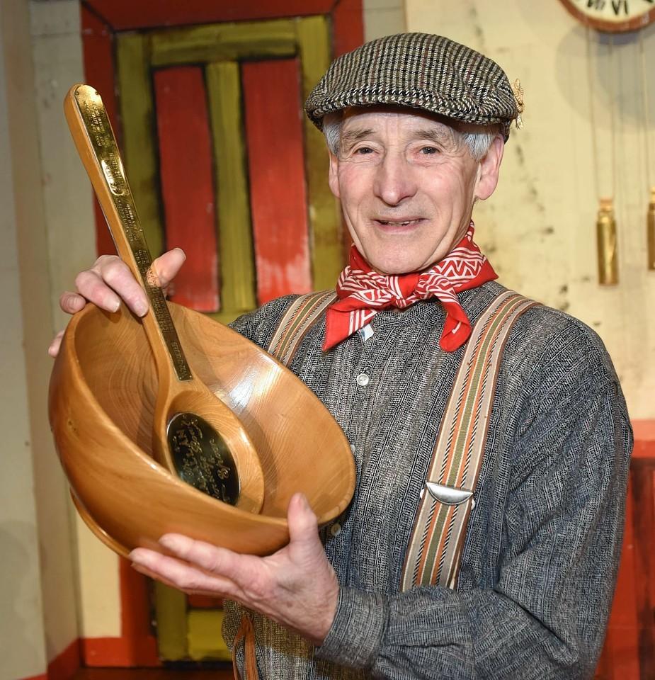 Bothy Ballad winner Hector Riddell