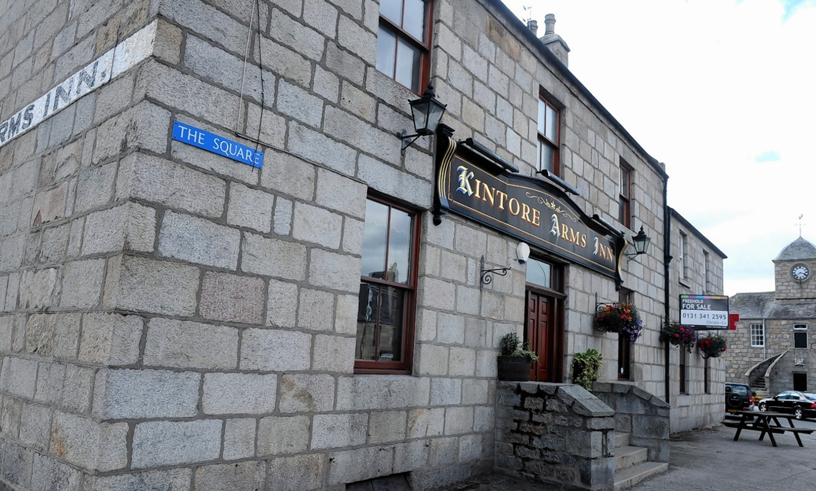 Plans to reopen the Kintore Arms Inn have been approved