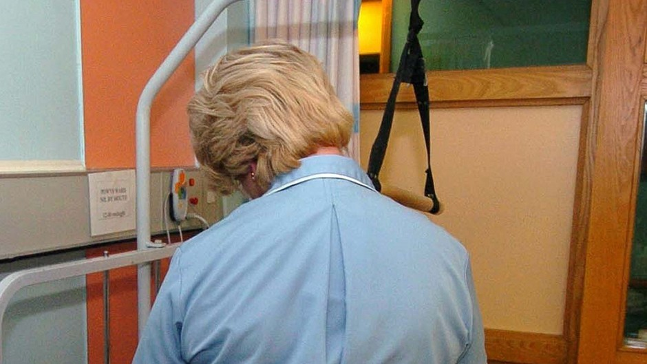 Trainee nurses and midwife places to be increased by 3% to more than 3,000 this year.