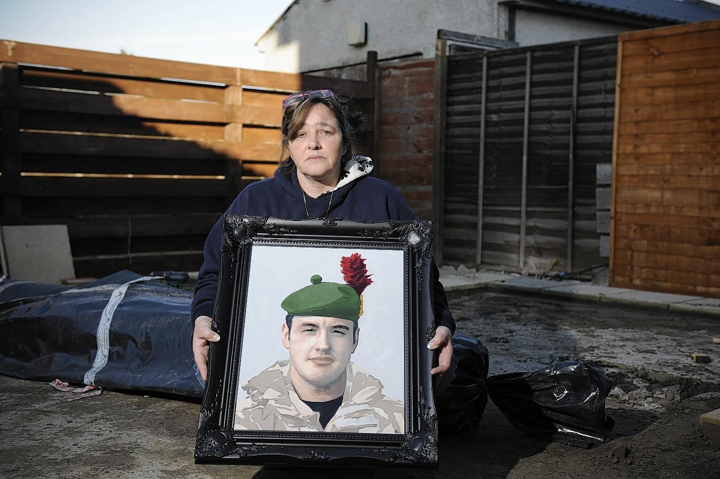 Janette Binnie and son Sean's portrait