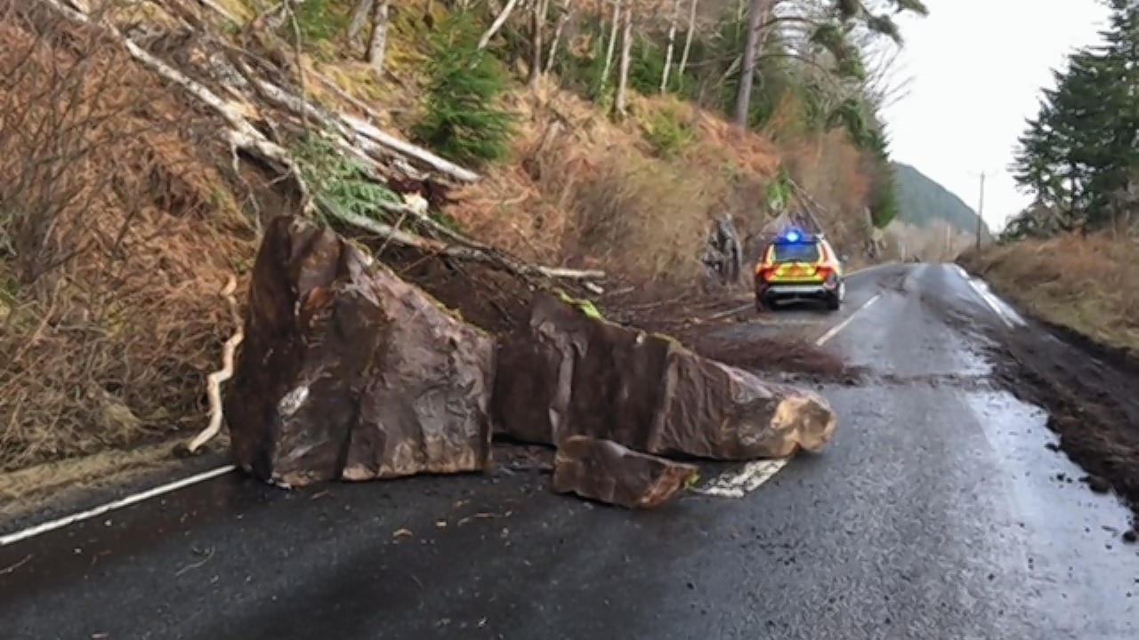 The rocks which fell on the A82 in March