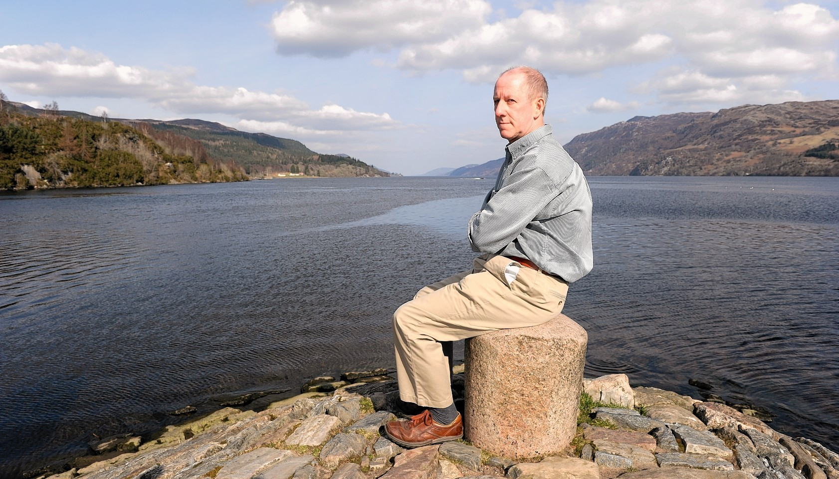 Gerry Worth concerned that Loch Ness will be surrounded by over five hundred wind turbines .