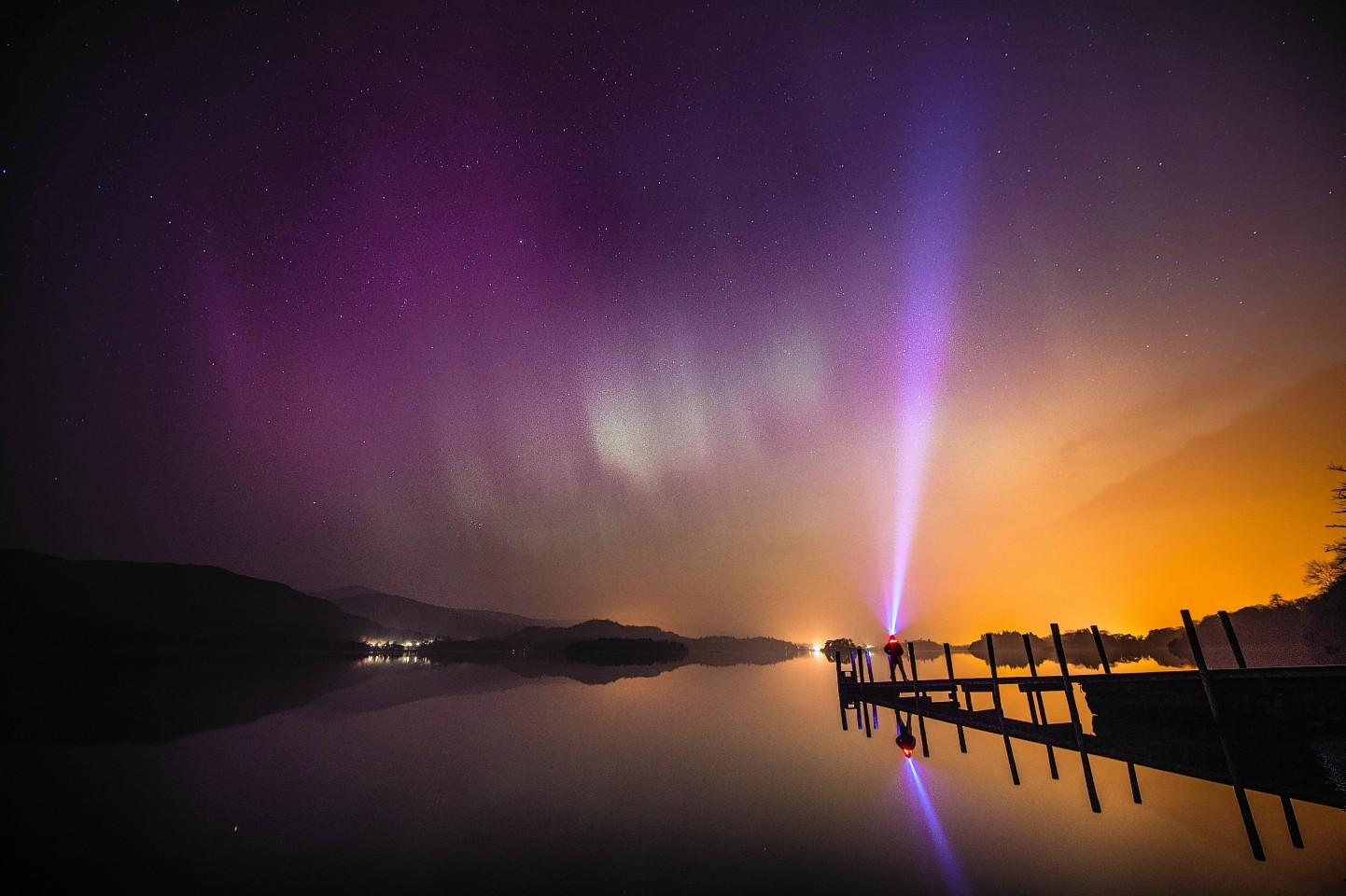 Northern Lights shot picture taken from the Lake District
