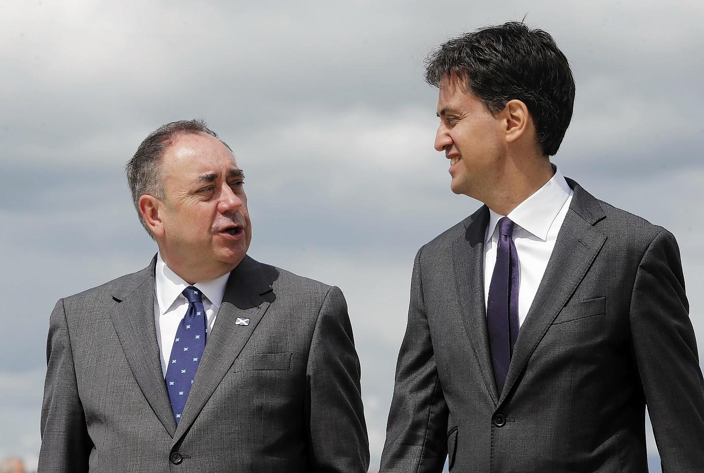 David Cameron says Ed Miliband wants to crawl to power in Alex Salmond's pocket