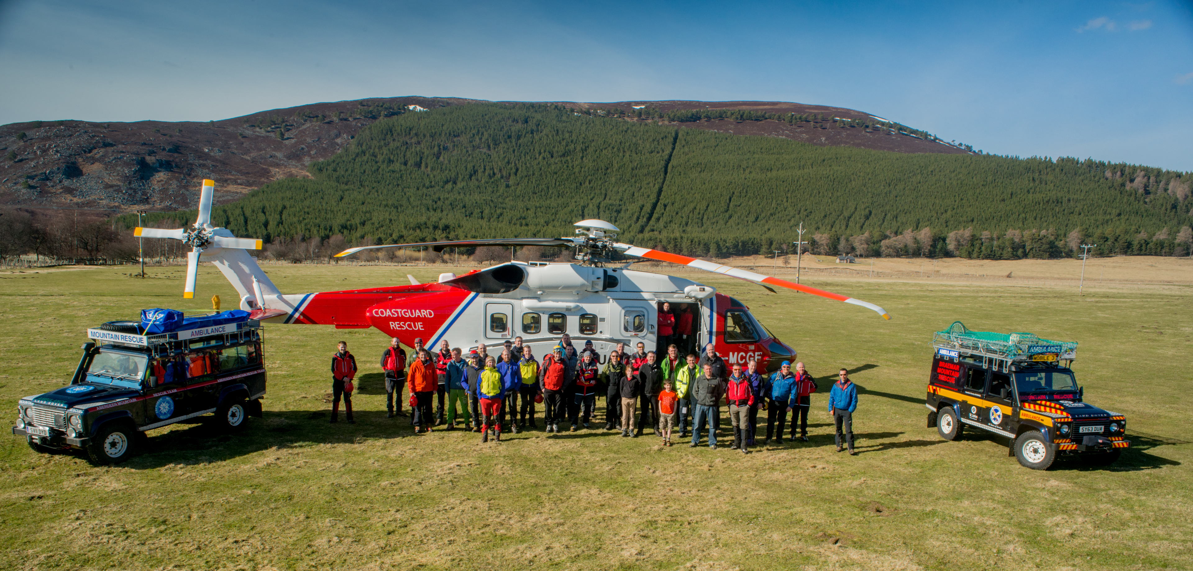 Teams trained with the new Bristow helicopter