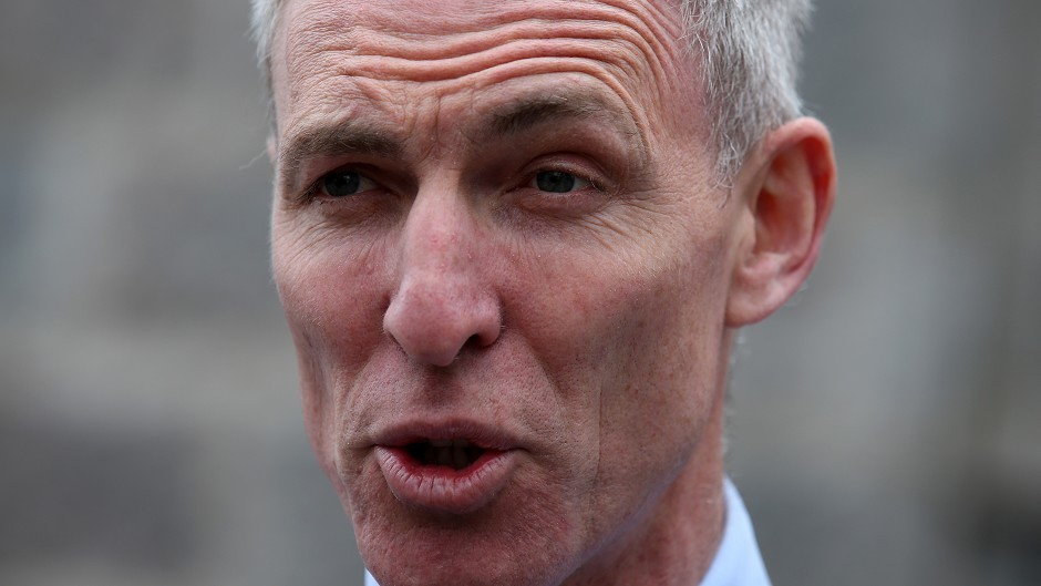 "Scottish Labour leader Jim Murphy said he wants to beat the Tories cleanly not through a ""shoddy backroom deal"" with the SNP."
