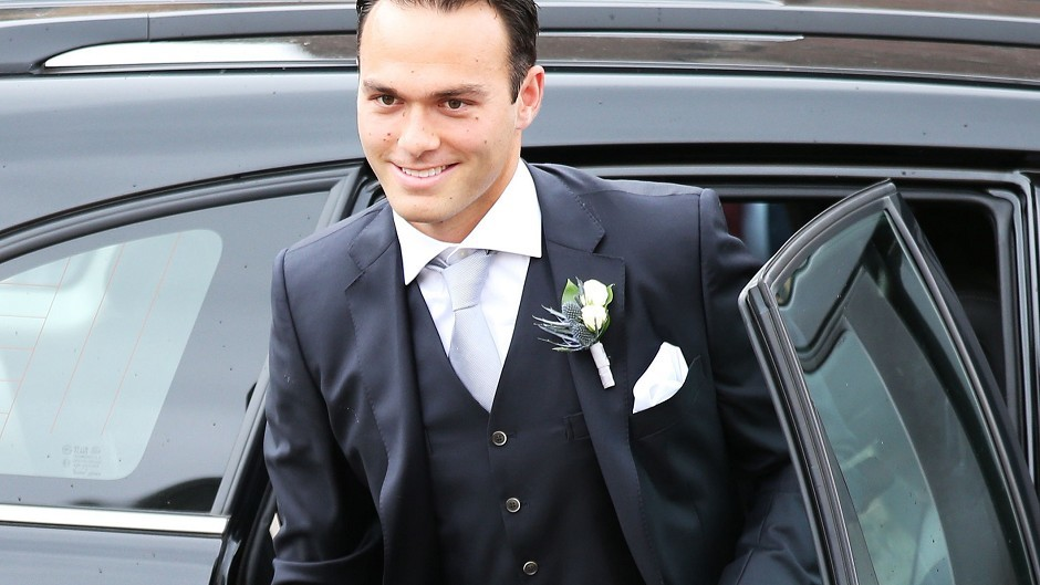 Ross Hutchins arrives for the wedding of Andy Murray and Kim Sears