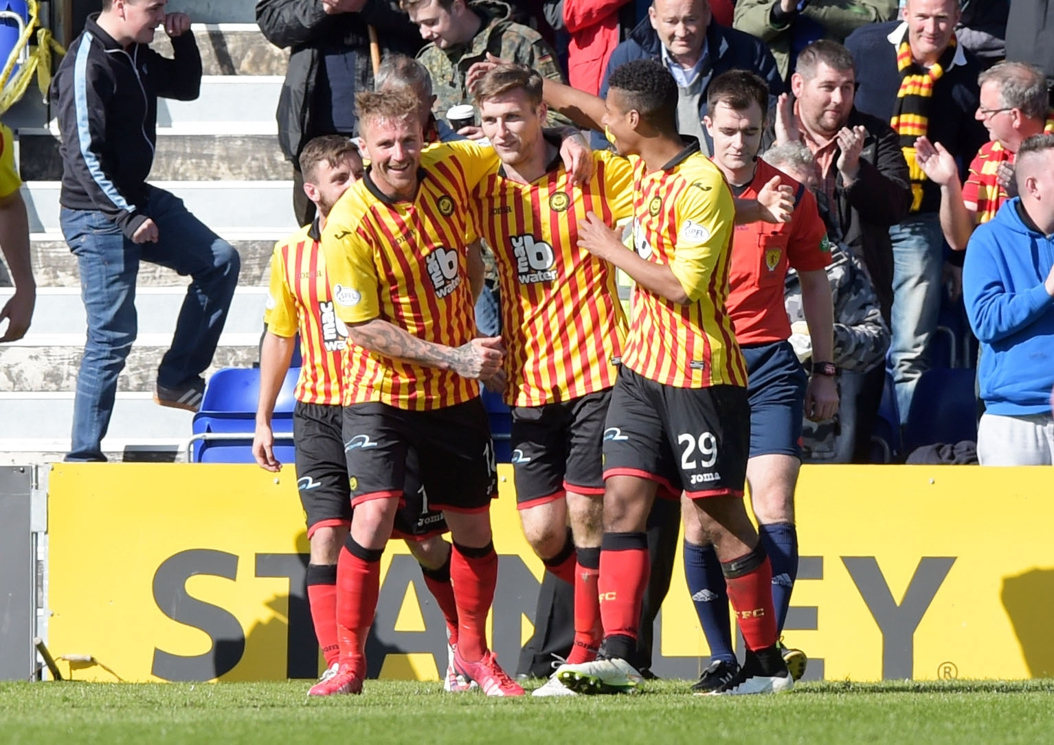 Partick Thistle's Stephen O'Donnell celebrates his winning goal against the Staggies