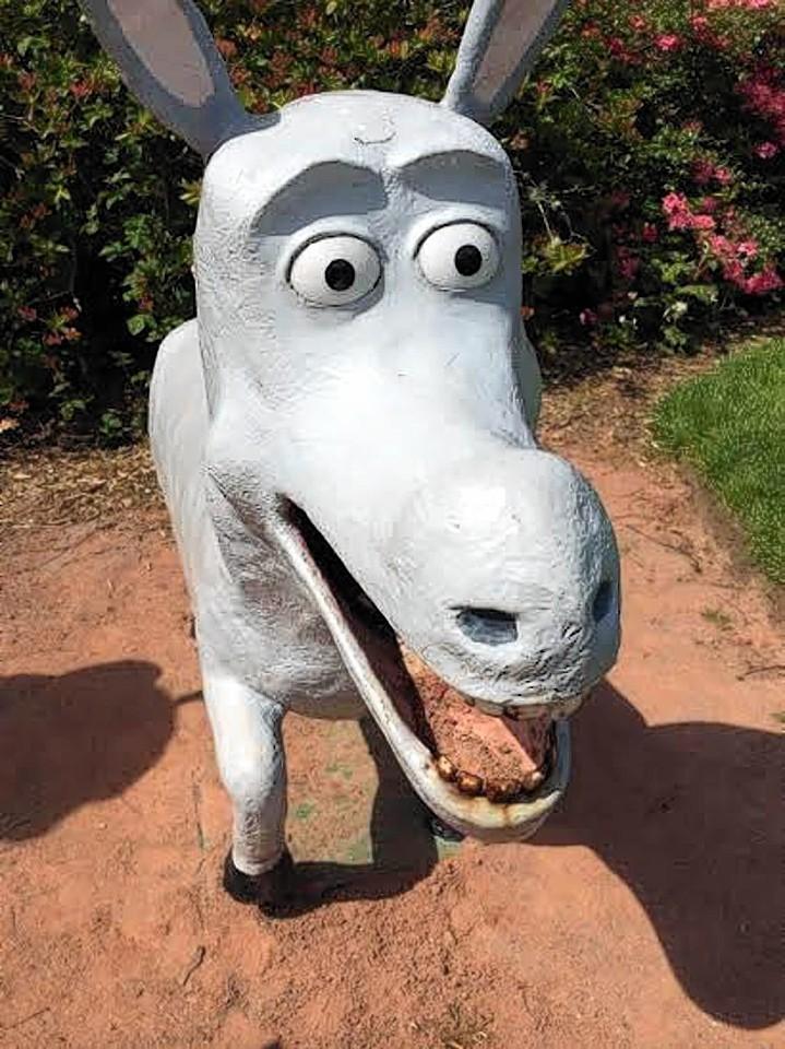 A statue at The Glen, near Aberdeen.