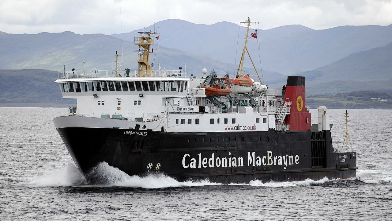Transport Minister Derek Mackay insists that west coast ferry services are not being privatised.