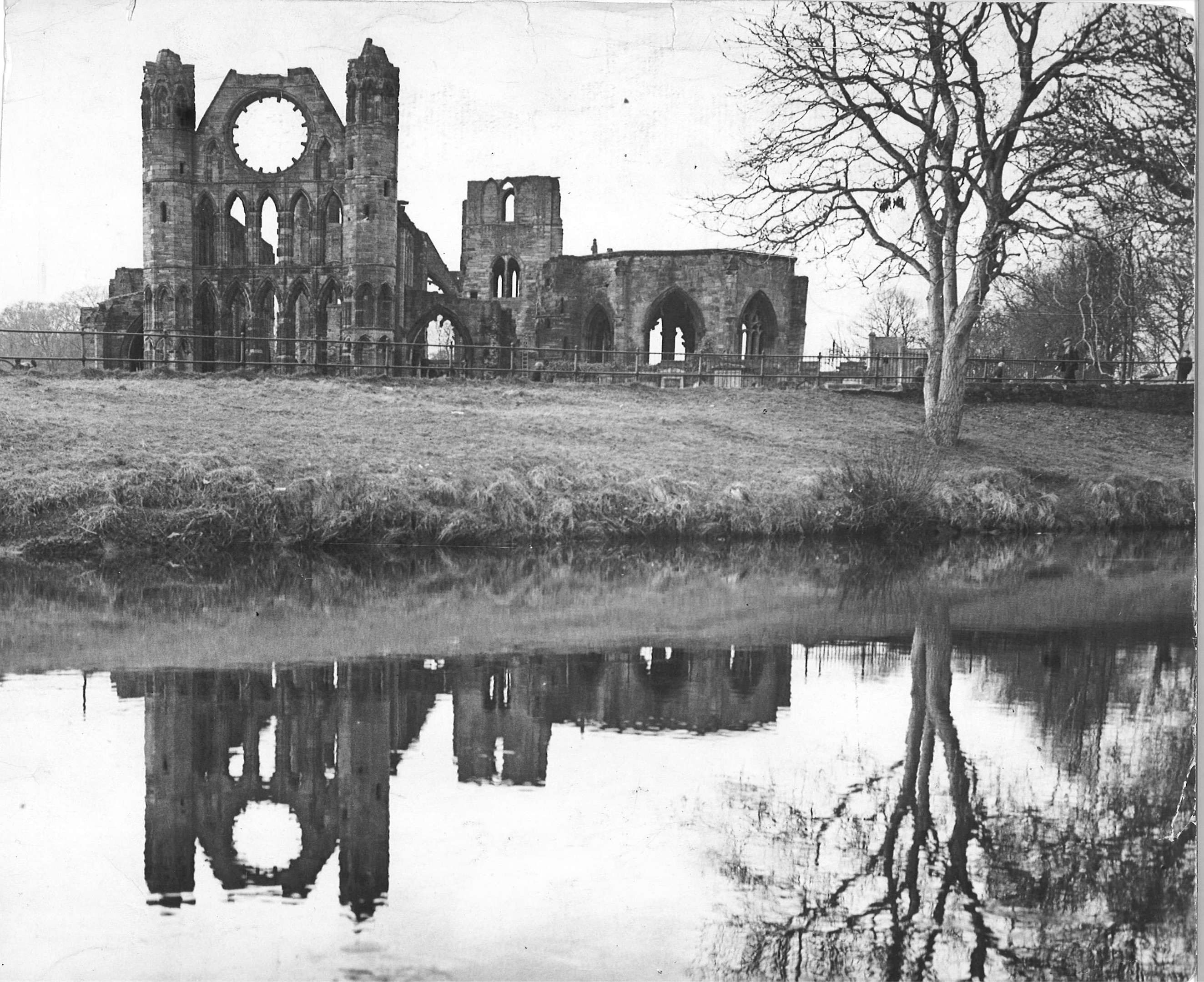 The ruins of Elgin Cathedral, 1743