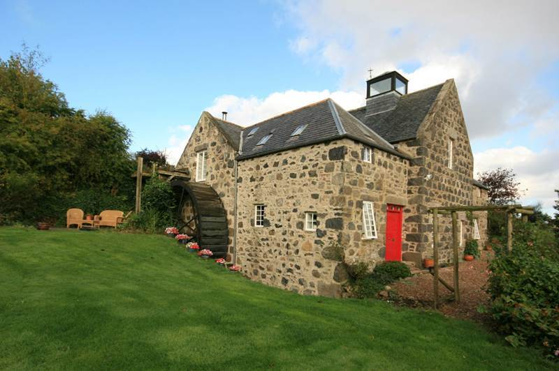 Looking for a countryside home?