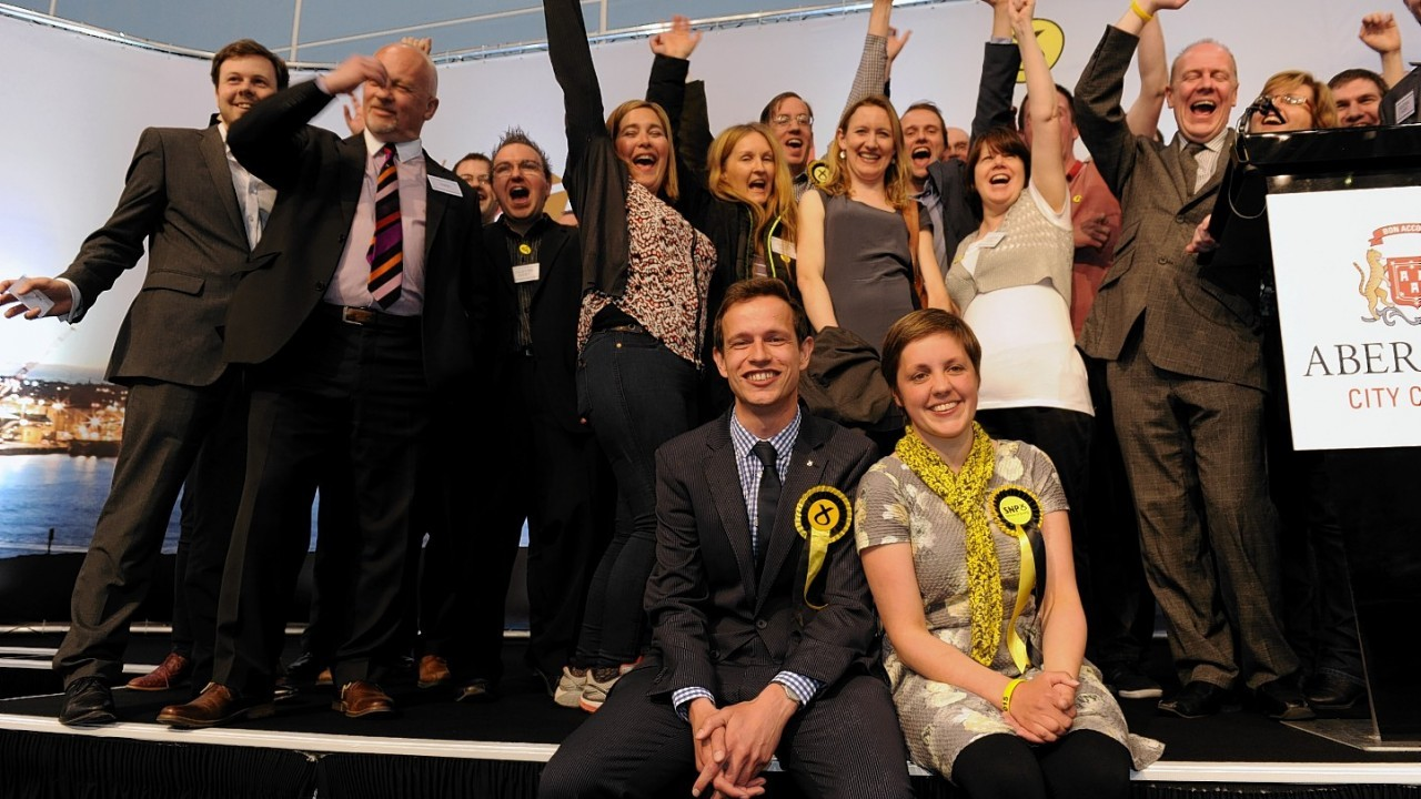 General Election 2015  Aberdeen North and South count as SNP candidates Kirsty Blackman and SNP Callum McCaig are elected.
