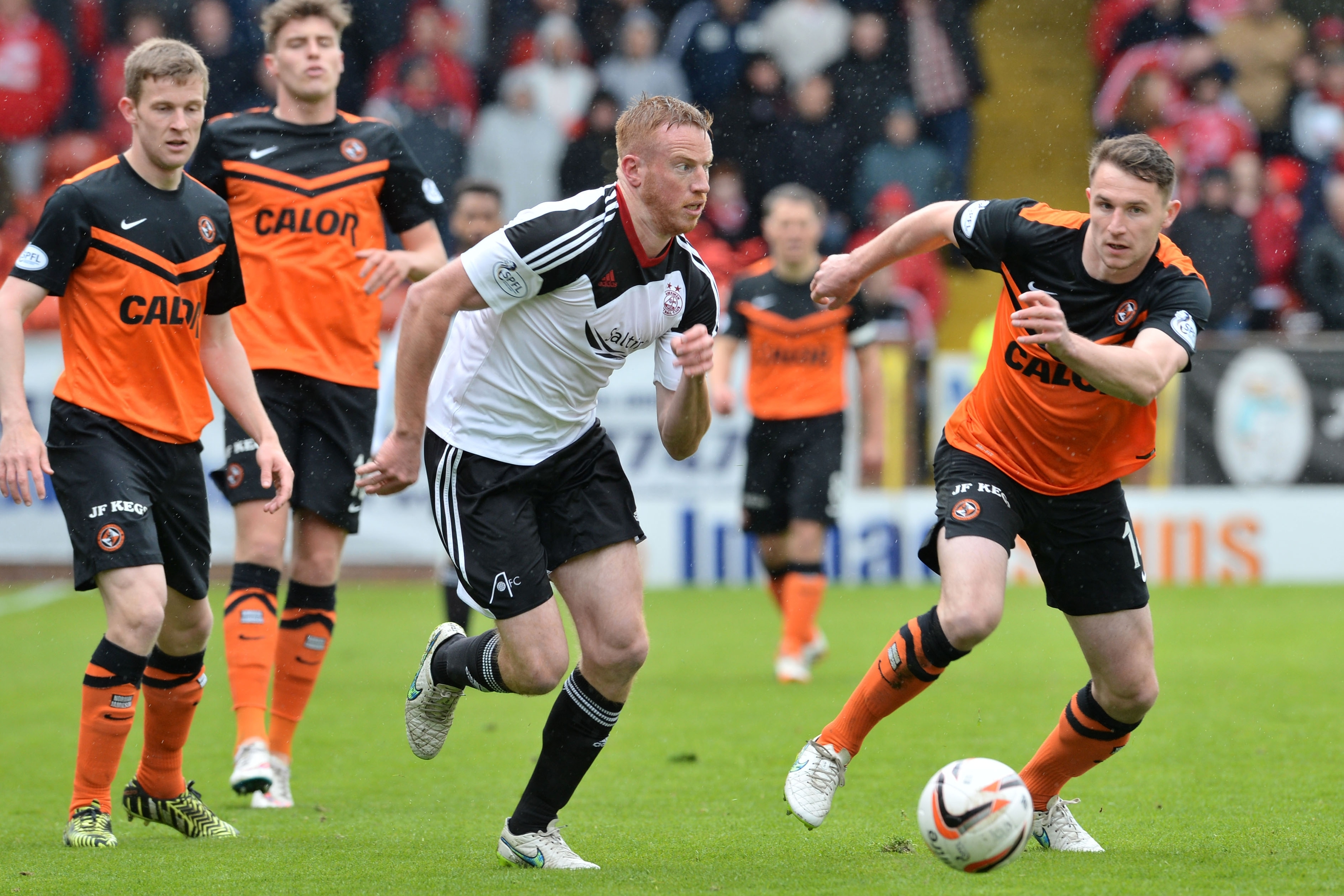 Adam Rooney could not find a way through the Dundee United defence
