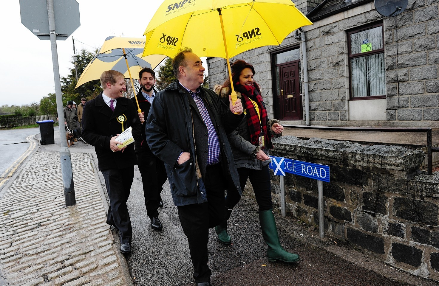 Alex Salmond and Stuart Donaldson out together on the streets campaigning in Kemnay