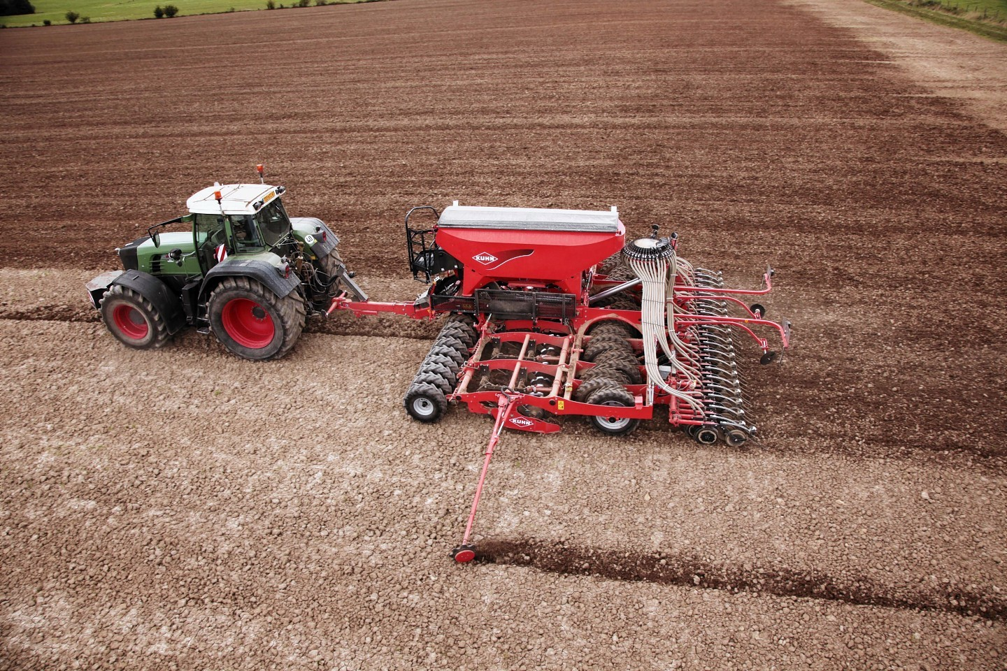 The new Kuhn ESPRO six-metre minimum tillage drill