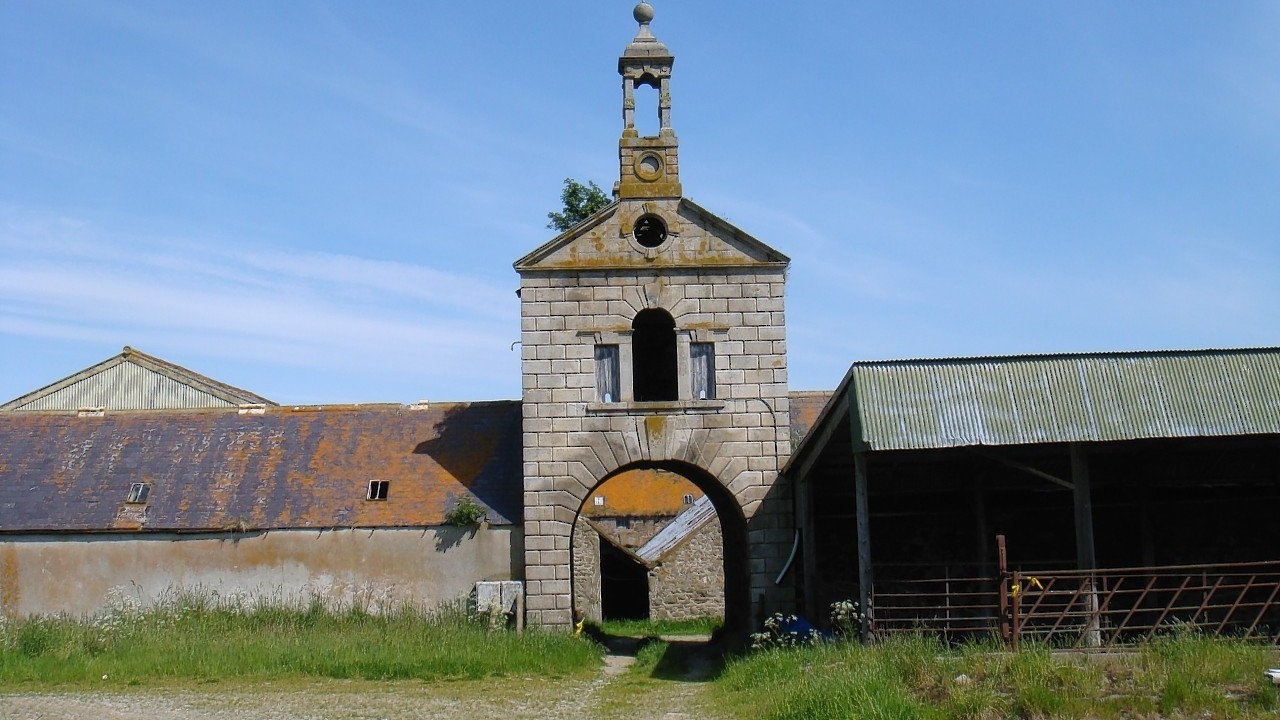 Mains of Carnousie Steading
