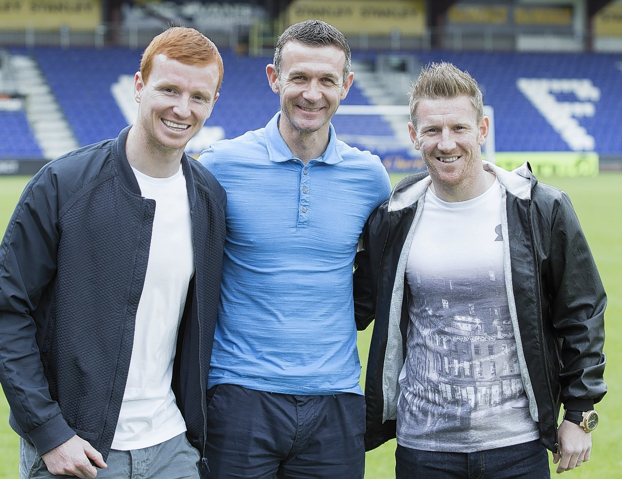 Scott Boyd (left) and Michael Gardyne (far right) played together at Ross County.