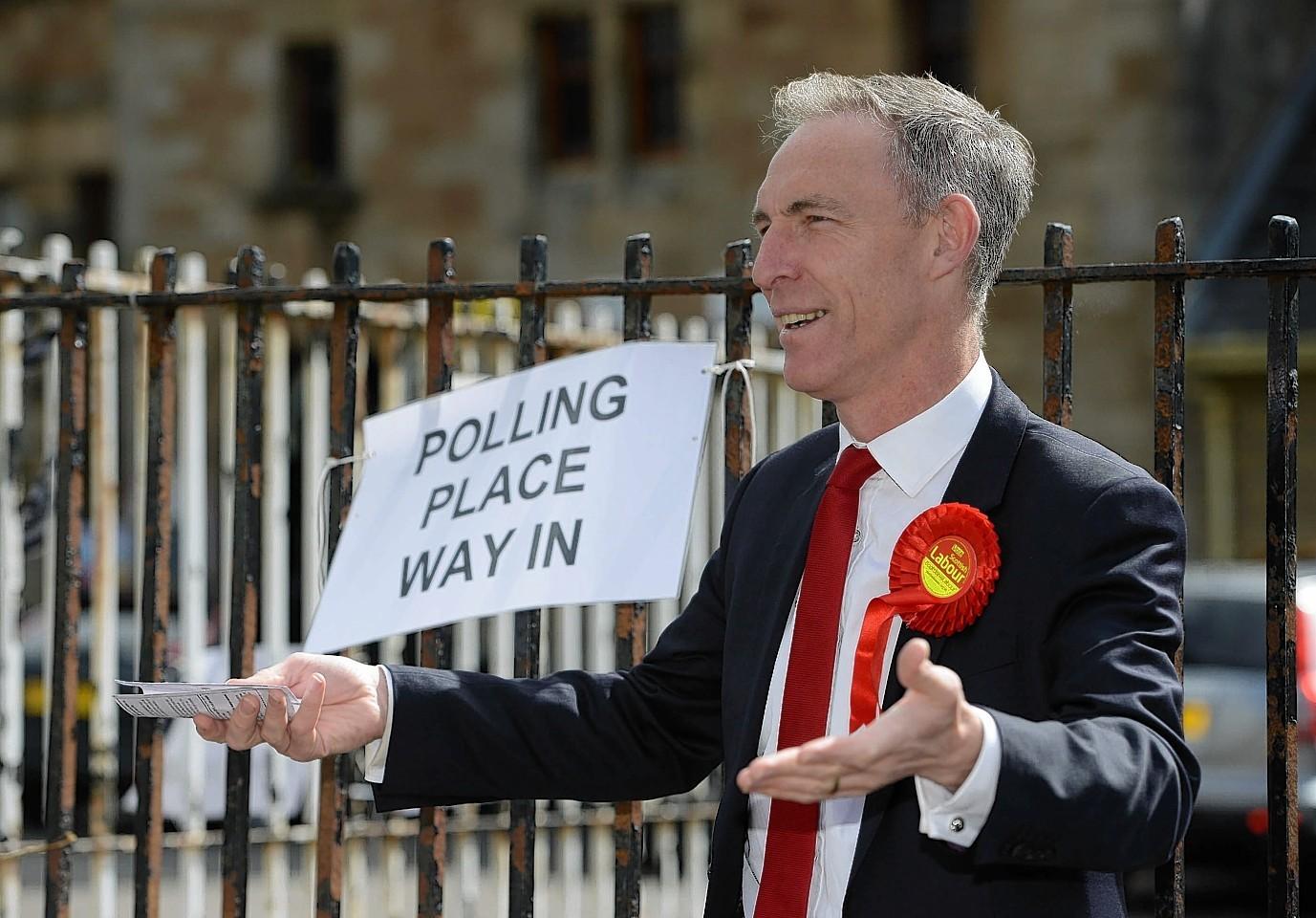 Jim Murphy, Scottish Labour Leader casting his ballot