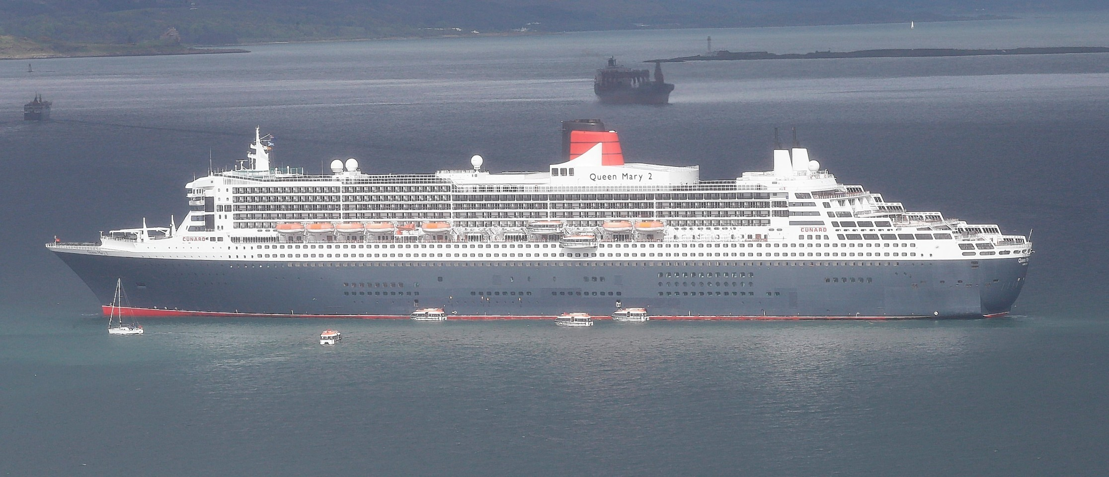 Queen Mary 2 visits Oban