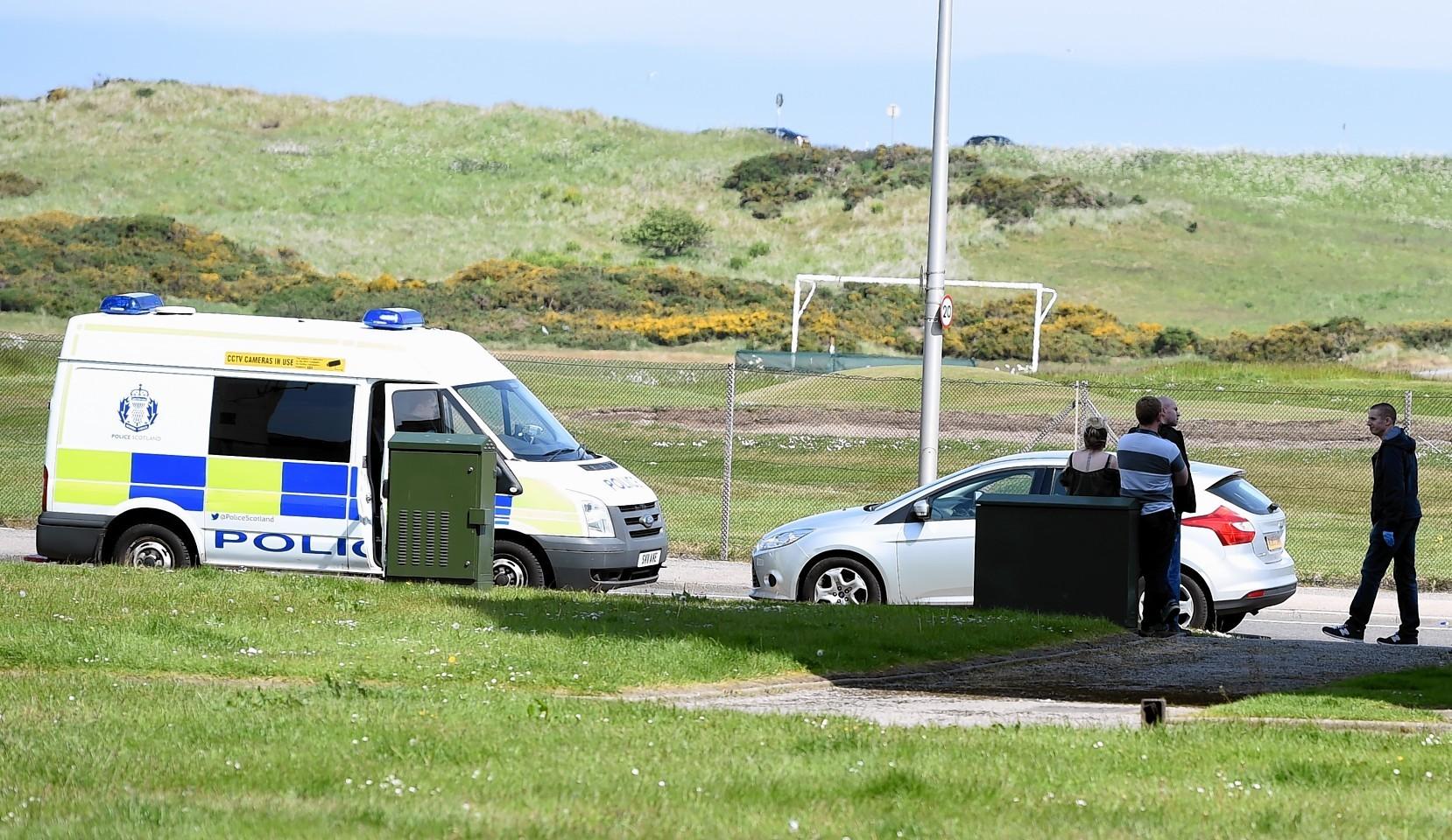Police ar Aberdeen beach