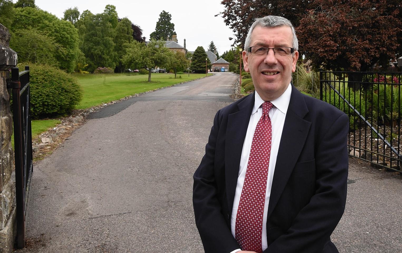 MSP David Stewart at the Inverness veterinary disease surveillance centre