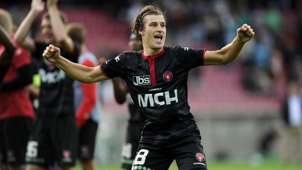 Celtic are looking to strike a deal to sign defender Erik Sviatchenko