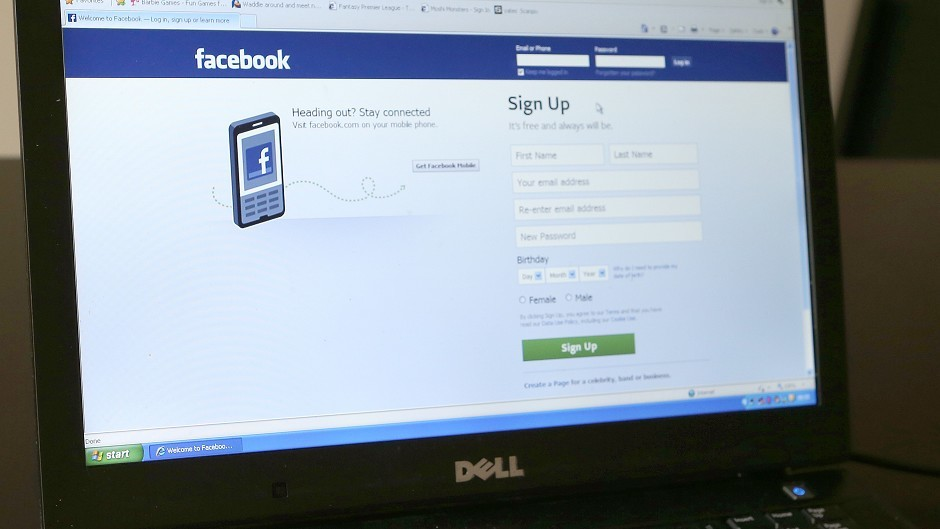 Farmers are urged to share more like the 'Facebook generation'