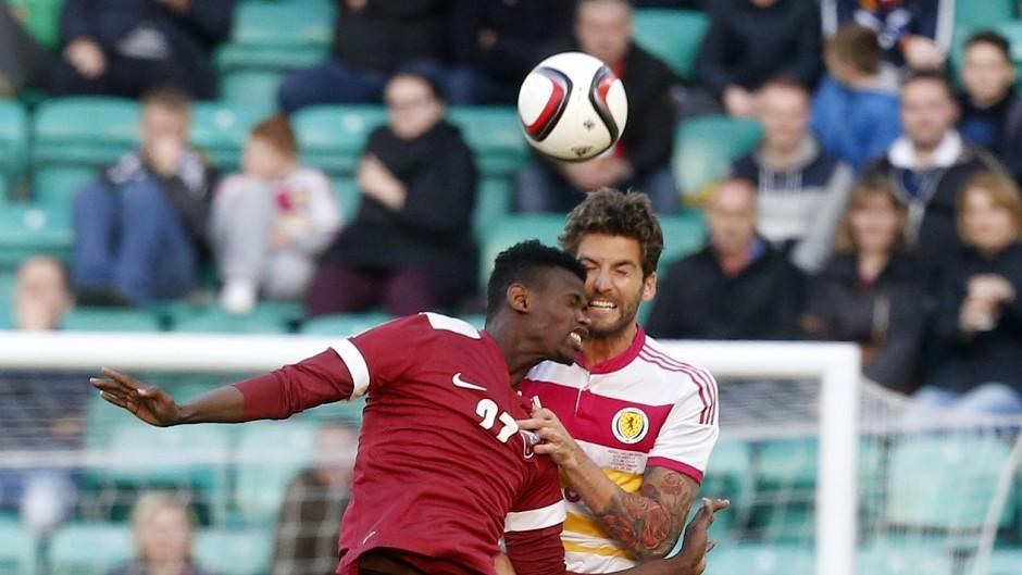 Charlie Mulgrew, right, hopes his return for Scotland against Qatar keeps him in the frame for Dublin